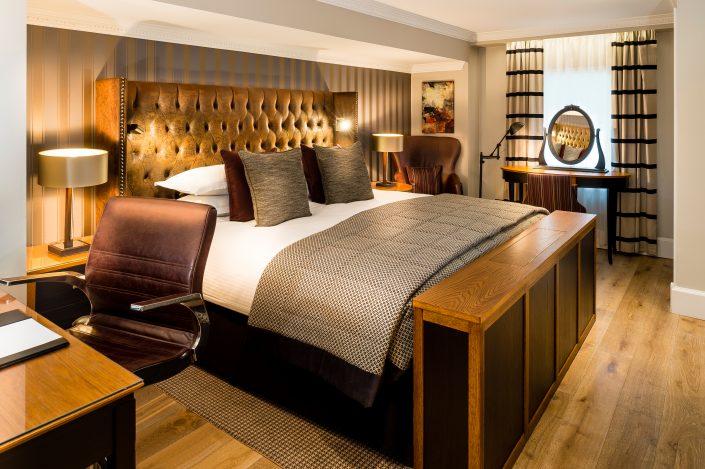 Baileys hotel room