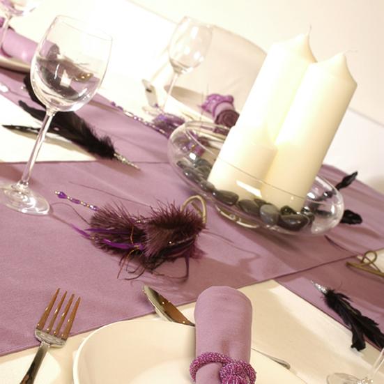 Signature grape table throw